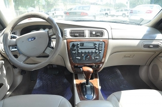 Ford Taurus Sel Dorado 2006