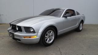 Ford Mustang Premium Plateado 2008