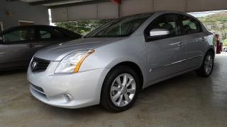 Nissan Sentra 2.0 Plateado 2012