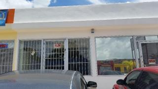 Local comercial, Avenida North Main Sierra Bayamón