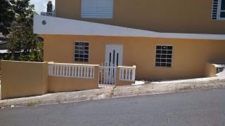 Comunidad Campo Rico 2 casas a precio de 1