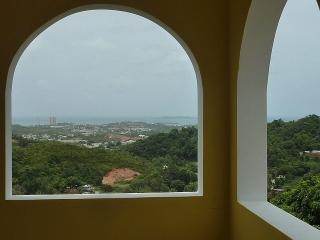 Se vende casa con espectacular vista al mar