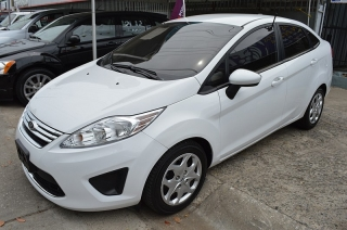 Ford Fiesta Se Blanco 2012